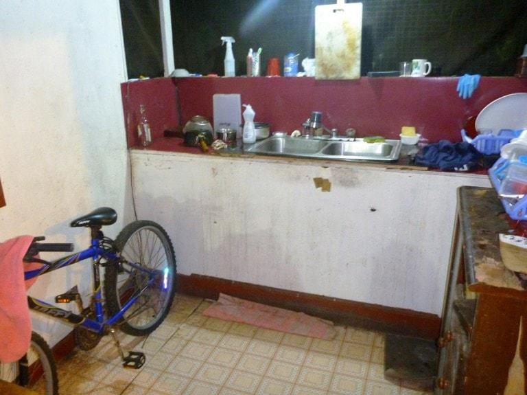 Cozinha suja em Palau