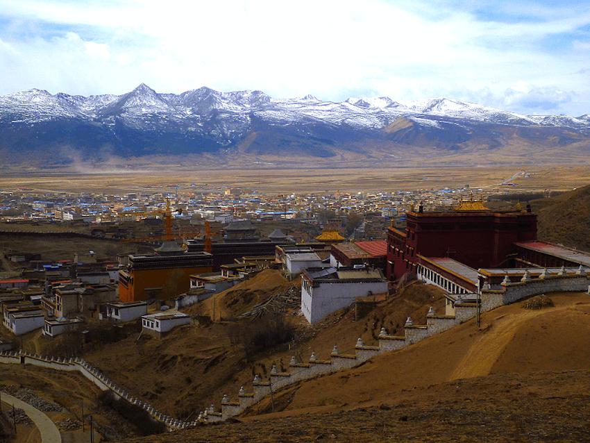 Monastério de Litang no Tibete China