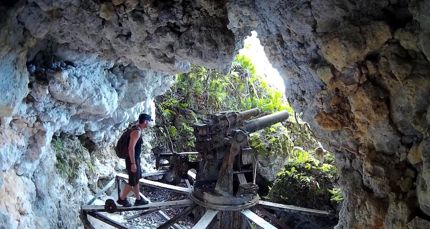 Canhão Japonês da Segunda Guerra Mundial em Peleliu Palau
