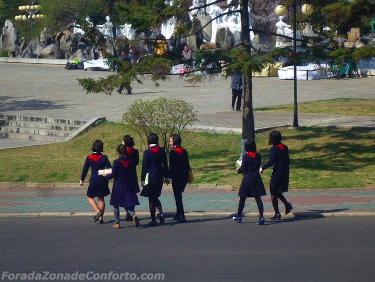 Estudantes Norte-coreanas em Pyongyang