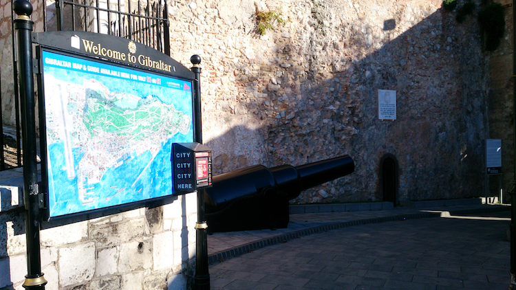 Gibraltar history map cannon